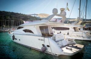 Yacht a noleggio Raffaelli Ontera